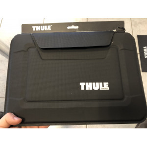 "Thule Gauntlet 3 pouzdro pro 13"" MacBook Air TGEE2251 - černé - II. jakost"