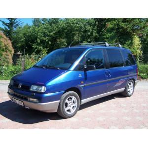 Příčníky Thule WingBar Black Fiat Ulysse 1994- s T-profily